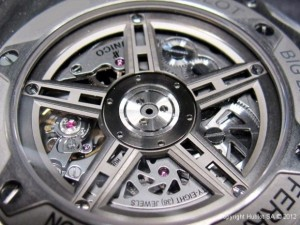 hublot-big-bang-ferrari-movement-620x465