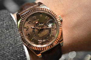 rsd:RolexSkyDweller dial brown