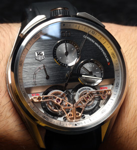 th:TAG-Heuer-MikroPendulumS-On-The-Wrist