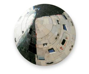 Lunar Orbiter, 2006 (120x121x12cm), privé collectie Rotterdam