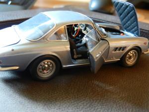 JB Ferrari 330 GT 2 + 2