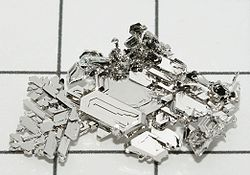 Platinum_crystals