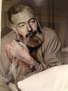Ernest Hemingway met een Rolex, waarschijnlijk een Bubbleback uit de 1940s