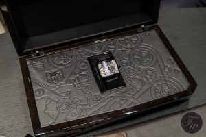 th:Tag-Heuer-Monaco-V4-Tourbillon box
